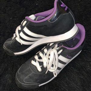Adidas samoas ONLY WORN FOR A HIPHOP DANCE